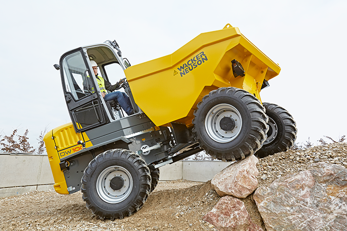 wheel dumper DW100 in action